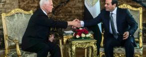 Pence makes diplomatic trip to Middle East, meets with Egypt's el-Sissi first