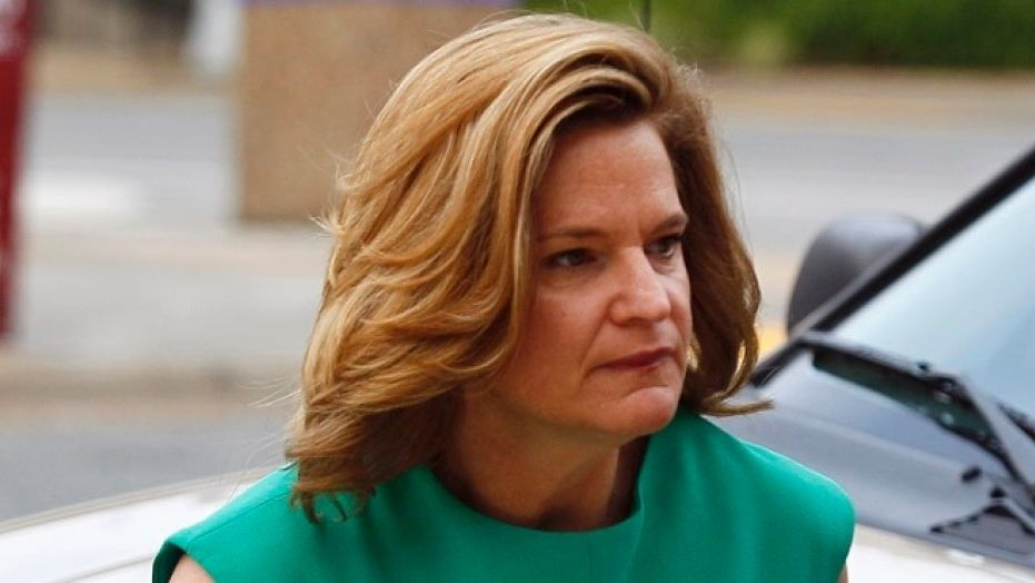 The memo was co-authored by former Clinton communications director Jennifer Palmieri.